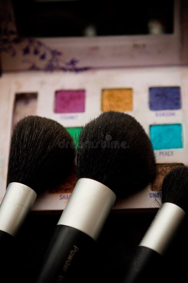 Download καλλυντικό βουρτσών στοκ εικόνα. εικόνα από καλλυντικό - 13185741