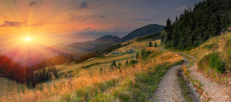 καλοκαίρι βουνών τοπίων στοκ φωτογραφίες με δικαίωμα ελεύθερης χρήσης