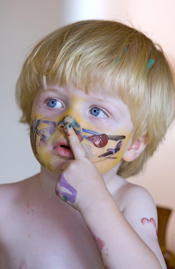 καλυμμένες αγόρι νεολαί&ep στοκ φωτογραφία με δικαίωμα ελεύθερης χρήσης
