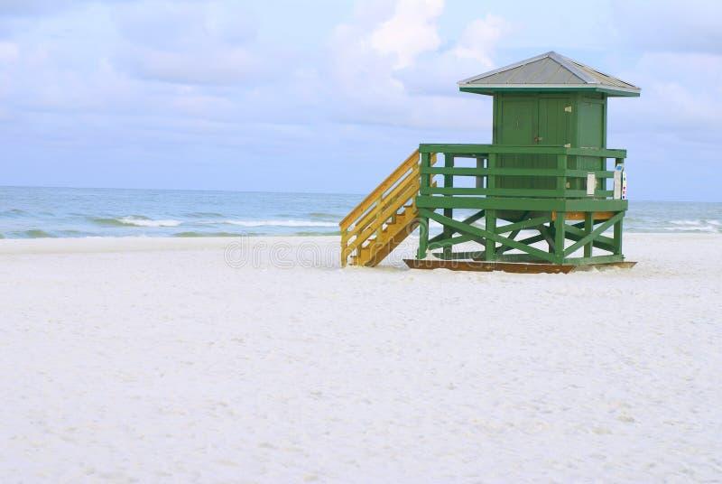 Καλύβα Lifeguard πράσινη στοκ φωτογραφία με δικαίωμα ελεύθερης χρήσης