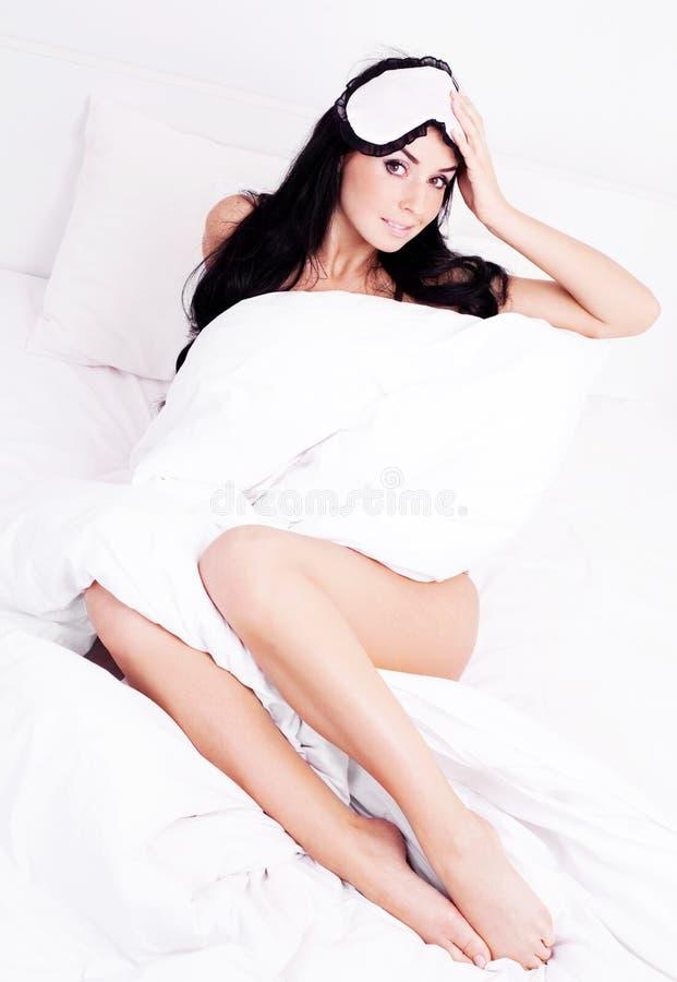 καλύψτε τη γυναίκα ύπνου στοκ εικόνες με δικαίωμα ελεύθερης χρήσης