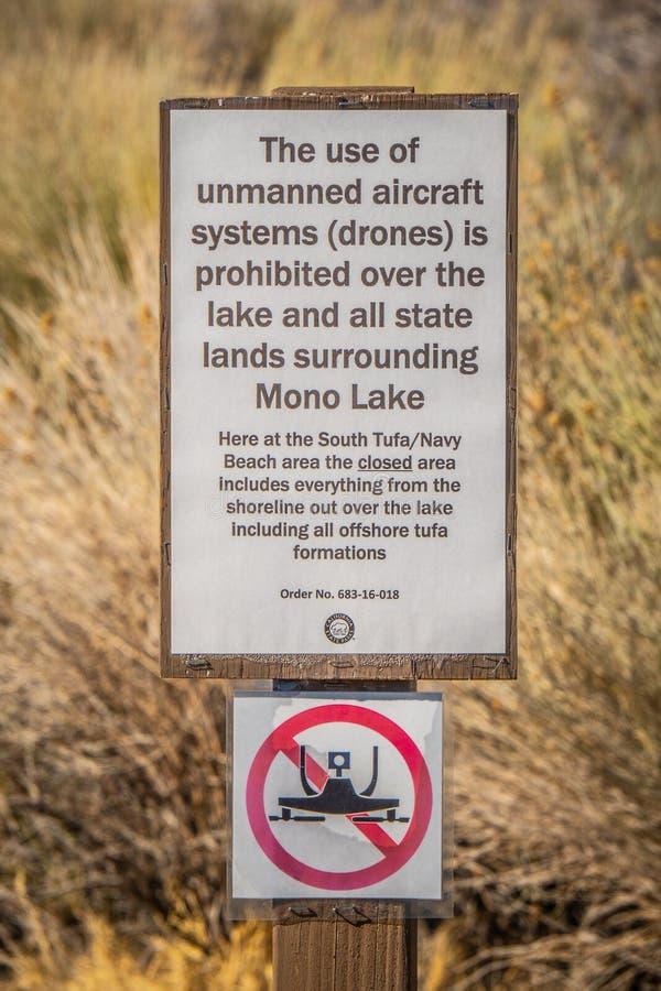 Καμία ζώνη κηφήνων πέρα από τη μονο λίμνη - ΕΠΙΣΚΟΠΟΣ, ΗΠΑ - 29 ΜΑΡΤΊΟΥ 2019 στοκ φωτογραφία με δικαίωμα ελεύθερης χρήσης