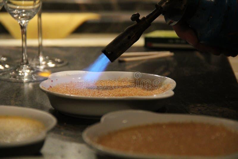 καμμένη καραμελοποιημένη creme κρέμας κορυφαία παραδοσιακή βανίλια ζάχαρης επιδορπίων γαλλική στοκ εικόνες με δικαίωμα ελεύθερης χρήσης