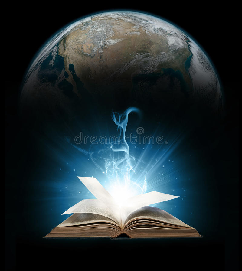 Καμμένος βιβλίο με τη γη στοκ φωτογραφίες με δικαίωμα ελεύθερης χρήσης