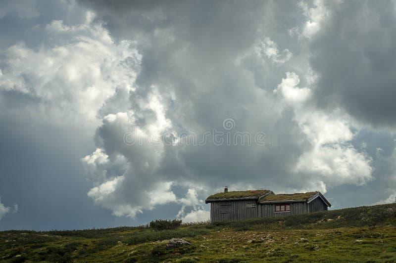 Καμπίνα στο βουνό στοκ φωτογραφία με δικαίωμα ελεύθερης χρήσης