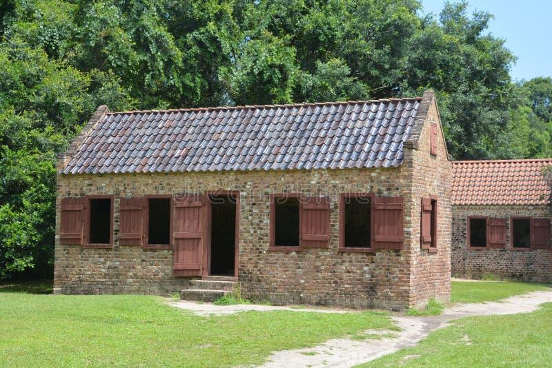 Καμπίνες σκλάβων στη φυτεία αιθουσών Boone στοκ εικόνες