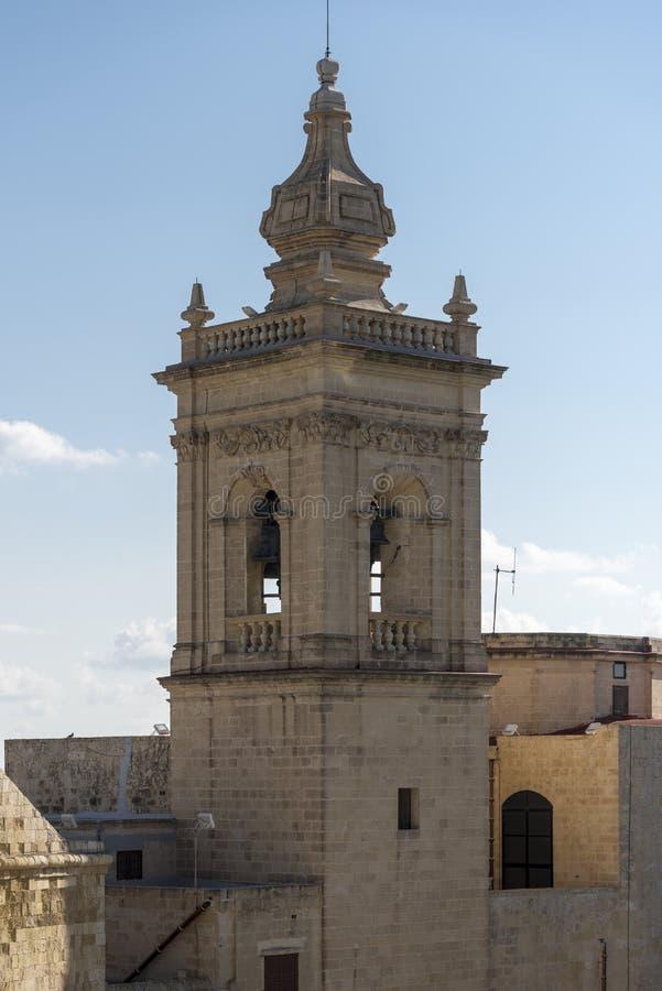 Καμπαναριό εκκλησιών στην ακρόπολη Βικτώριας Gozo Μάλτα στοκ φωτογραφίες