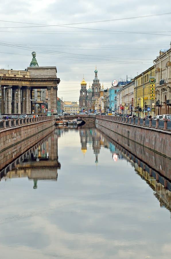 Κανάλι Griboyedov στην Αγία Πετρούπολη, Ρωσία στοκ εικόνα