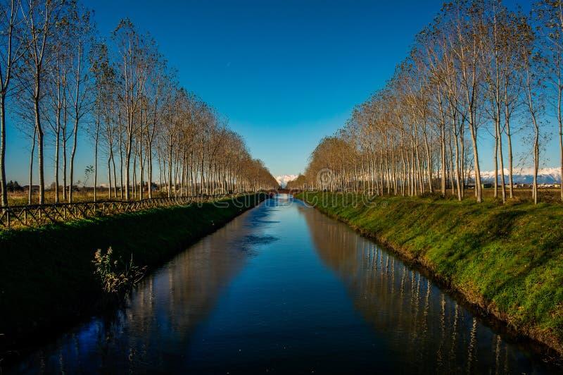 Κανάλι Cavur σε Galliate στοκ εικόνες