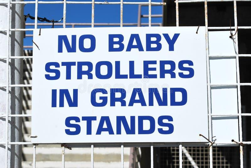 Κανένας περιπατητής μωρών που επιτρέπεται στοκ φωτογραφία με δικαίωμα ελεύθερης χρήσης