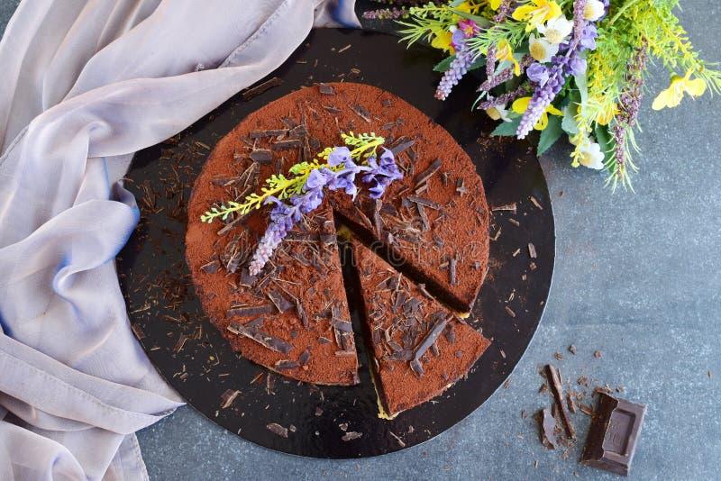 Κανένας ψήστε το κέικ, βάση μπισκότων με το cocolate ganash στοκ φωτογραφία