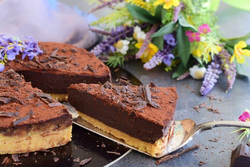 Κανένας ψήστε το κέικ, βάση μπισκότων με το cocolate ganash στοκ φωτογραφίες