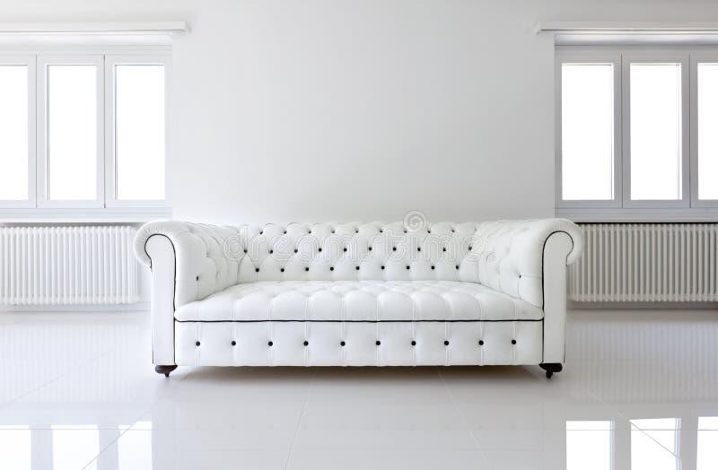 καναπές δέρματος