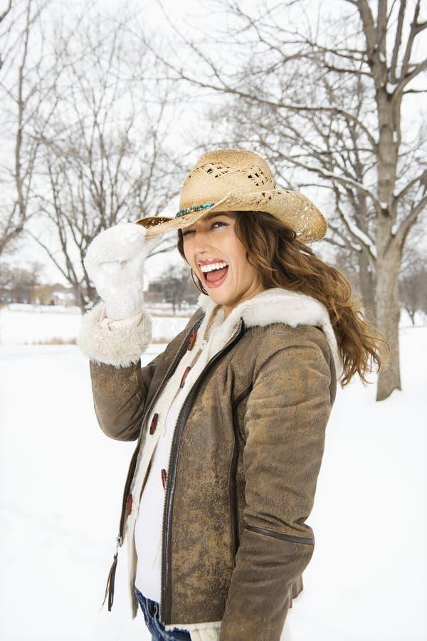 καπέλο κάουμποϋ που φορά τη γυναίκα στοκ εικόνες