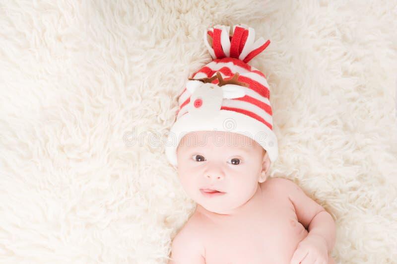 καπέλο chritstmas μωρών νεογέννητο στοκ εικόνα με δικαίωμα ελεύθερης χρήσης