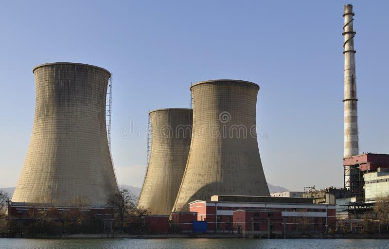 Download Καπνοδόχος στο εργοστάσιο στοκ εικόνες. εικόνα από βιομηχανία - 22798076