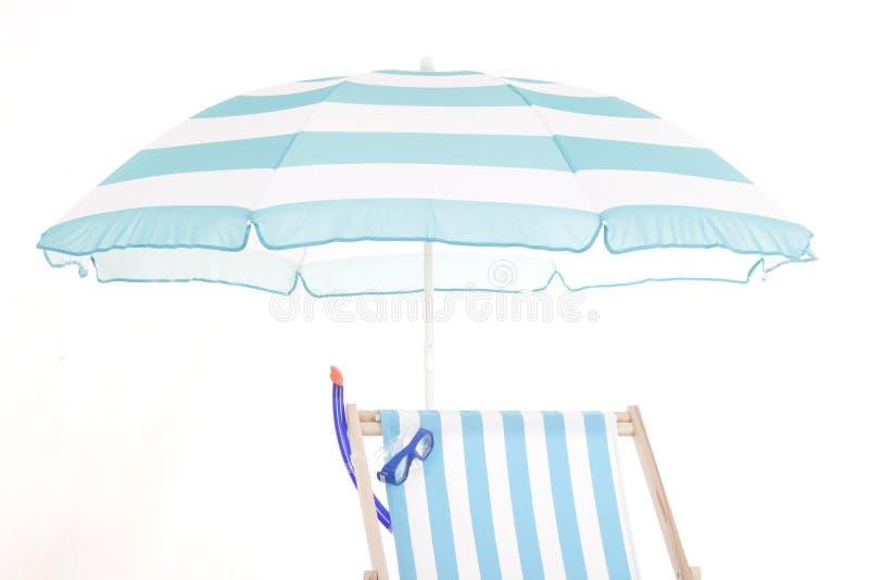 Καρέκλα και εξαρτήματα παραλιών στοκ φωτογραφία με δικαίωμα ελεύθερης χρήσης
