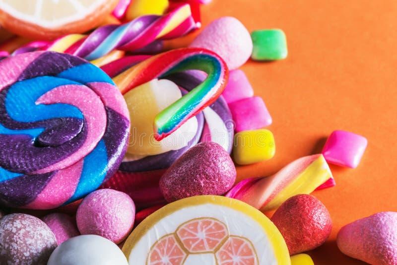 Καραμέλα, γόμμα, lollipops, μαρμελάδα και άλλα γλυκά στοκ φωτογραφία με δικαίωμα ελεύθερης χρήσης