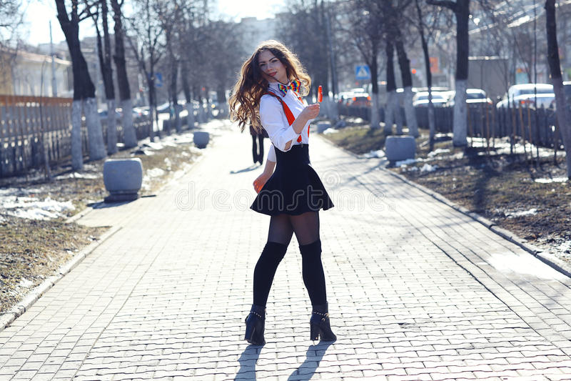 Καραμέλα κοριτσιών και καρδιών στοκ εικόνες με δικαίωμα ελεύθερης χρήσης