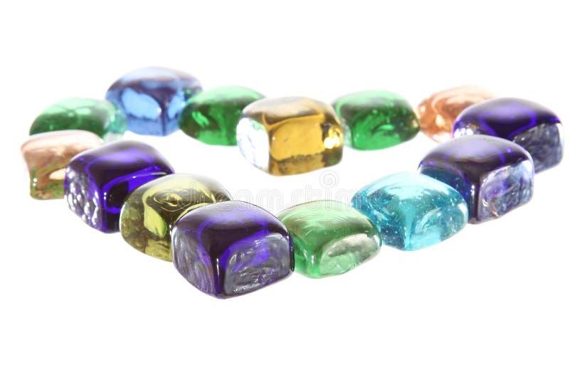 Καρδιά από τα κοσμήματα ή τους πολύτιμους λίθους καθρεφτών στοκ φωτογραφίες