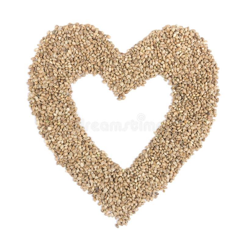 Καρδιά από τους σπόρους κάνναβης στοκ φωτογραφία με δικαίωμα ελεύθερης χρήσης