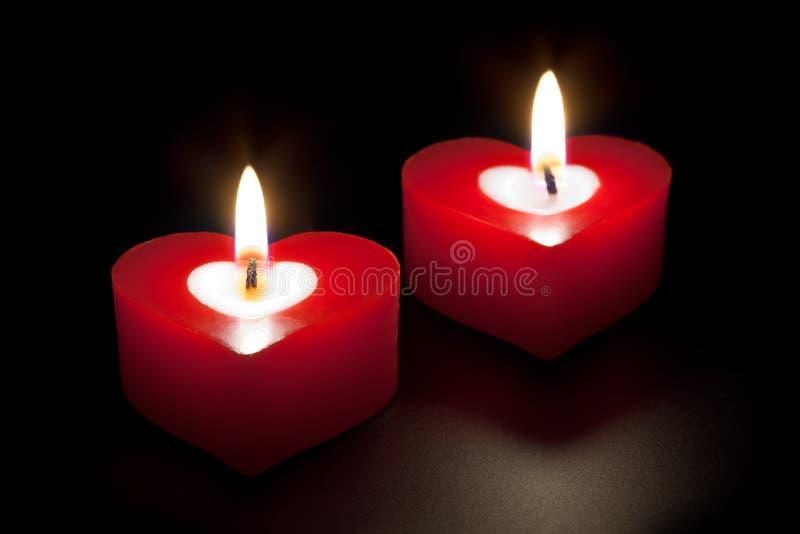 καρδιά κεριών που διαμορ&p στοκ εικόνες