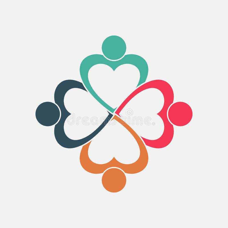 Καρδιά τεσσάρων ανθρώπων στα χέρια μιας κύκλων εκμετάλλευσης Οι εργαζόμενοι συνόδου κορυφής συναντιούνται στο ίδιο δωμάτιο δύναμη απεικόνιση αποθεμάτων