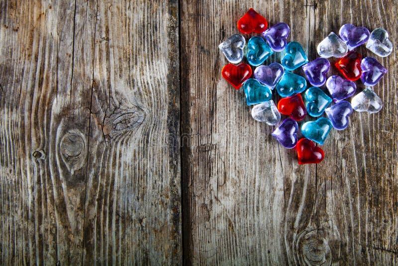 Καρδιά των πολύχρωμων καρδιών γυαλιού στοκ φωτογραφίες