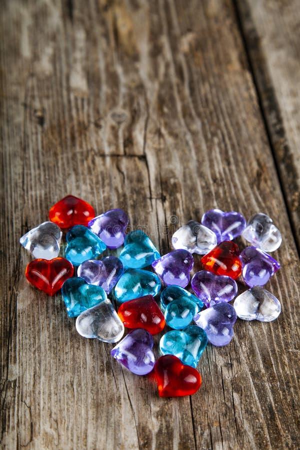 Καρδιά των πολύχρωμων καρδιών γυαλιού στοκ εικόνες με δικαίωμα ελεύθερης χρήσης