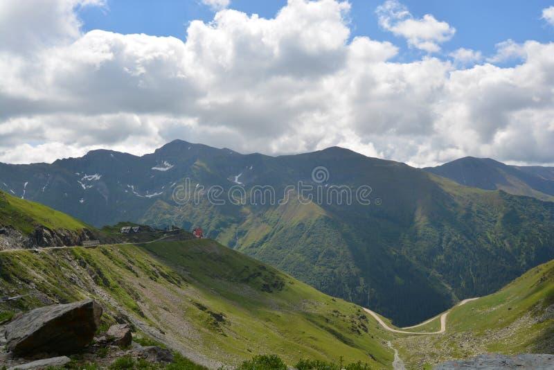 Καρπάθια κορυφαία όψη βουνών στοκ εικόνα