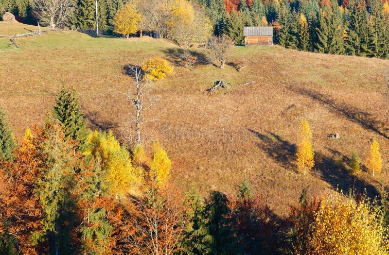 Καρπάθιο χωριό φθινοπώρου, Ουκρανία στοκ φωτογραφία