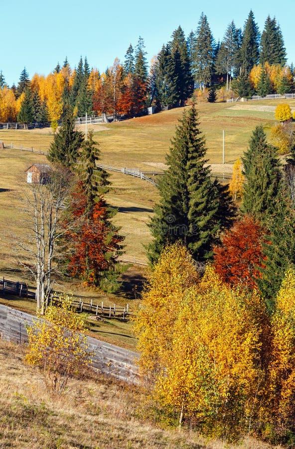 Καρπάθιο χωριό φθινοπώρου, Ουκρανία στοκ εικόνες με δικαίωμα ελεύθερης χρήσης