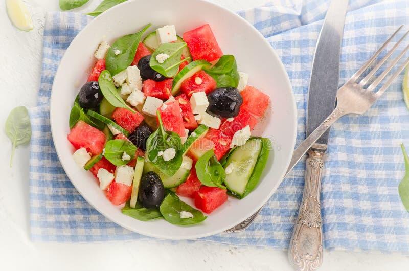 καρπούζι σαλάτας φέτας τ&upsilon κατανάλωση υγιής στοκ εικόνα με δικαίωμα ελεύθερης χρήσης