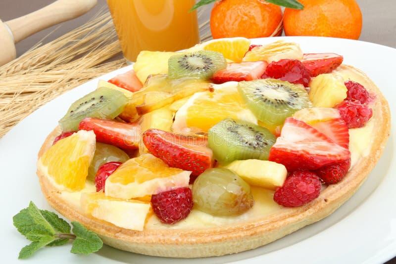 Download καρπός ξινός στοκ εικόνες. εικόνα από πιάτο, φράουλα - 17054824