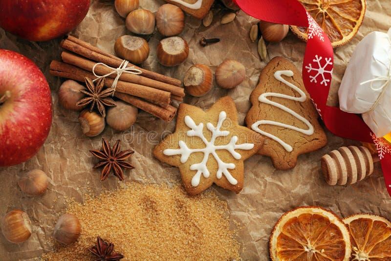 Καρυκεύματα ψησίματος Χριστουγέννων στοκ εικόνες