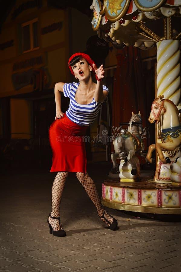 καρφίτσα άλματος κοριτσ&io στοκ εικόνες με δικαίωμα ελεύθερης χρήσης
