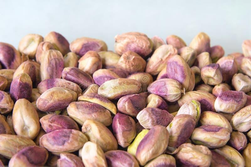 Καρύδια φυστικιών που συσσωρεύονται επάνω στοκ φωτογραφία με δικαίωμα ελεύθερης χρήσης