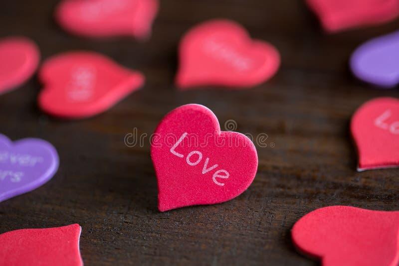 Καρδιά με την αγάπη λέξης στοκ εικόνα