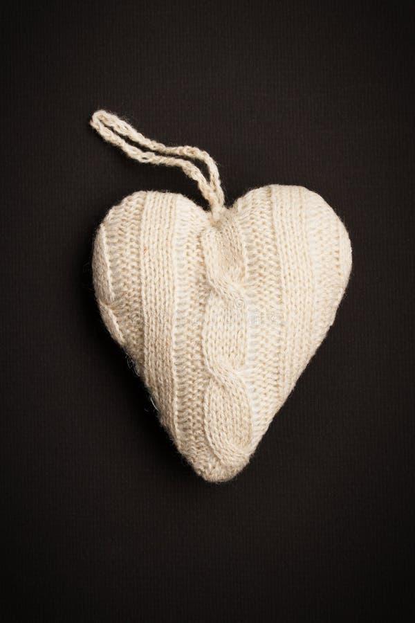 καρδιά πλεκτή στοκ εικόνα με δικαίωμα ελεύθερης χρήσης