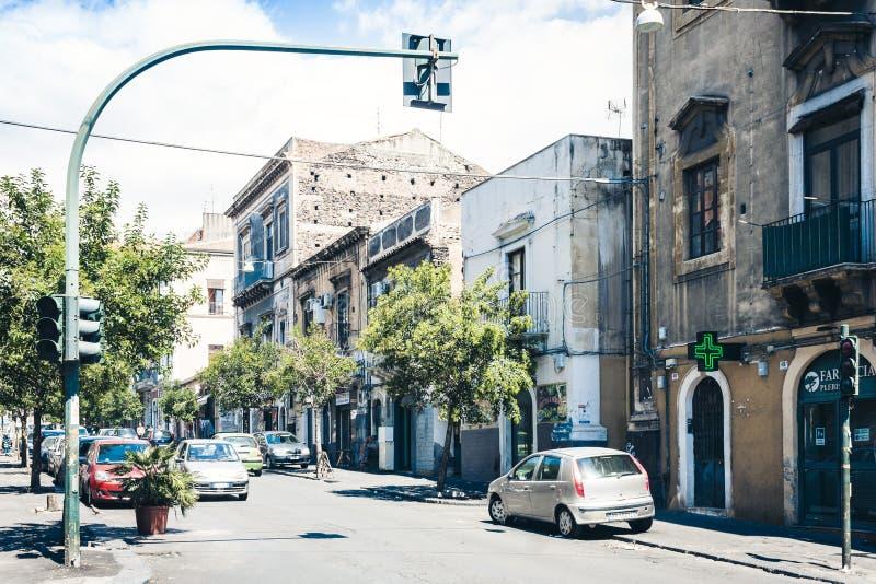 Κατάνια, Σικελία †«στις 16 Αυγούστου 2018: όμορφη εικονική παράσταση πόλης της Ιταλίας, ιστορική οδός της Κατάνια, Σικελία, πρό στοκ φωτογραφία με δικαίωμα ελεύθερης χρήσης