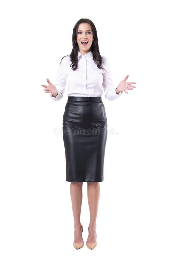 Κατάπληκτος χαρούμενος εκστατικός χαιρετισμός επιχειρησιακών γυναικών ευτυχής να σας δει στοκ φωτογραφίες με δικαίωμα ελεύθερης χρήσης