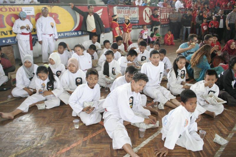 Download Κατάρτιση και δράση Pencak Silat Perisai Diri Εκδοτική Φωτογραφία - εικόνα από μαχητές, κατάρτιση: 62712407