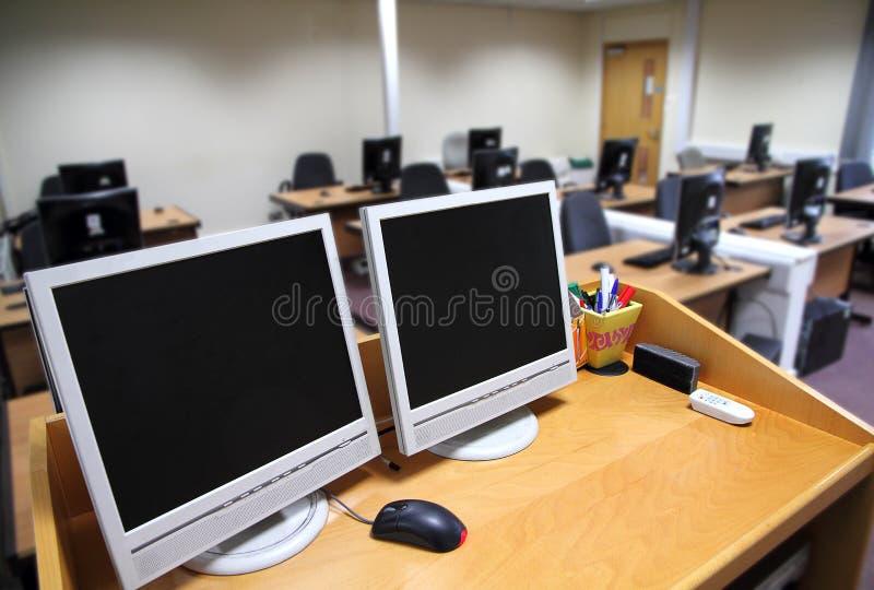 Κατάρτιση ΤΠ - τάξη στοκ φωτογραφία με δικαίωμα ελεύθερης χρήσης
