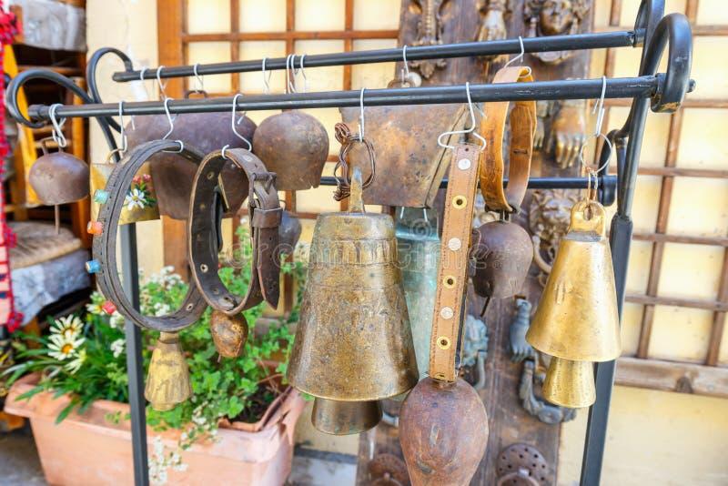 Κατάστημα δώρων με τα αναμνηστικά στο κέντρο Rethymno στοκ εικόνες με δικαίωμα ελεύθερης χρήσης