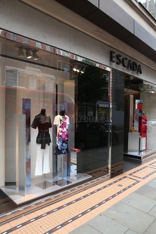 Κατάστημα μόδας Escada στοκ εικόνα με δικαίωμα ελεύθερης χρήσης