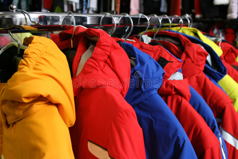 Download κατάστημα υφασμάτων στοκ εικόνα. εικόνα από ιματισμός - 1529219