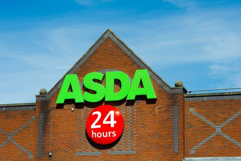 Κατάστημα Asda στο Μάντσεστερ, Αγγλία στοκ φωτογραφίες