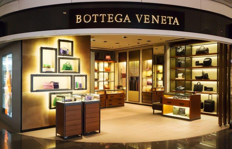 Κατάστημα Veneta Bottega στον αερολιμένα του Μόναχου στοκ εικόνα