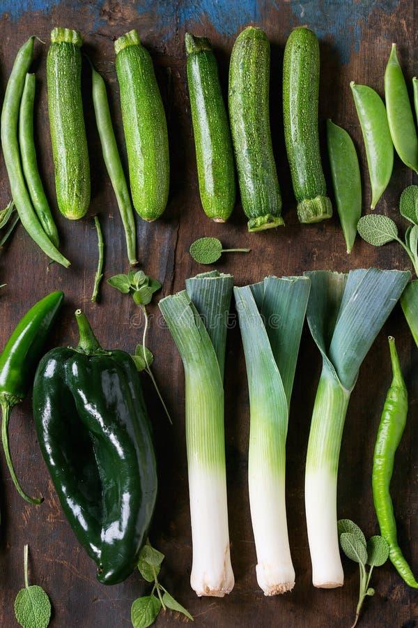 Κατάταξη των πράσινων λαχανικών στοκ φωτογραφία