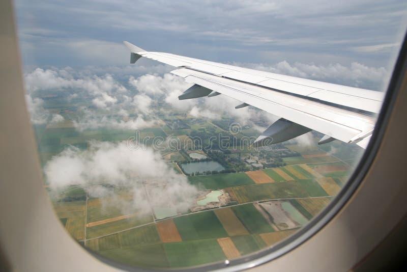 κατέβασμα αεροπλάνων στοκ εικόνες με δικαίωμα ελεύθερης χρήσης